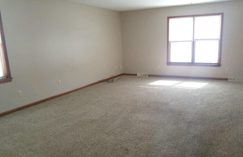 1549 Lemoyne Ave Living Room